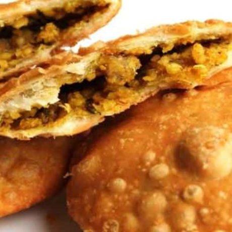 Urad Dal Kachori Khasta Recipe